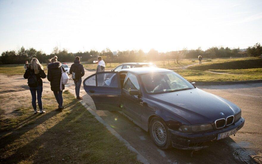 Erzinanti automobilio problema: specialistai patarė, kaip su ja kovoti