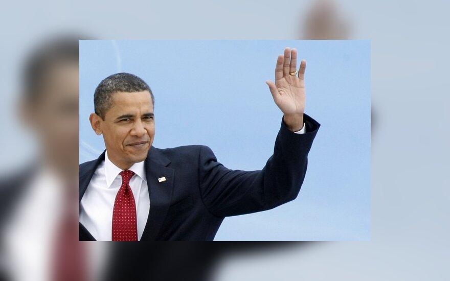 B.Obama paragino afroamerikiečius prisiimti daugiau atsakomybės už savo gyvenimus