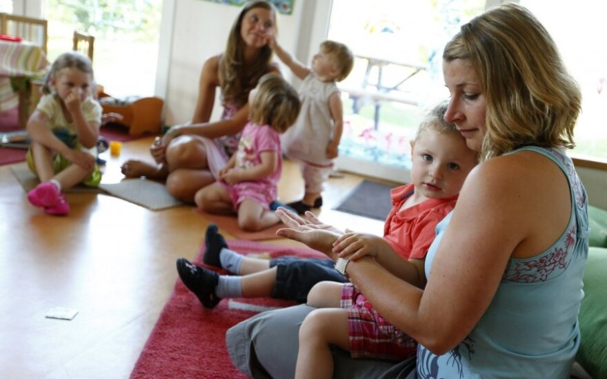 Naujas darželių modelis Kauno rajonuose sukėlė pasipiktinimų bangą: kas norės, tas vaikus ir prižiūrės