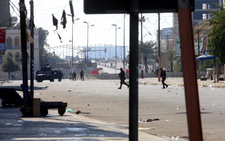 Bagdado Žaliojoje zonoje nukrito ir sprogo raketa