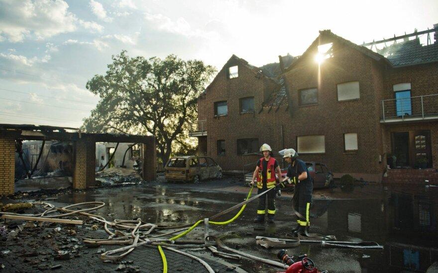Vokietijos geležinkelio geležinkelio ruože kilus gaisrui nukentėjo 40 žmonių
