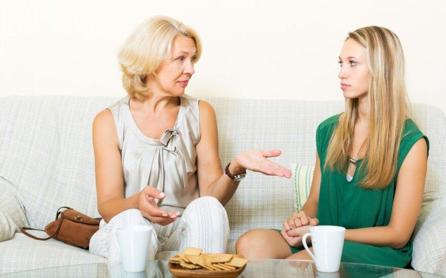 Mama kasdien morališkai daužo mane kaip bokso kriaušę