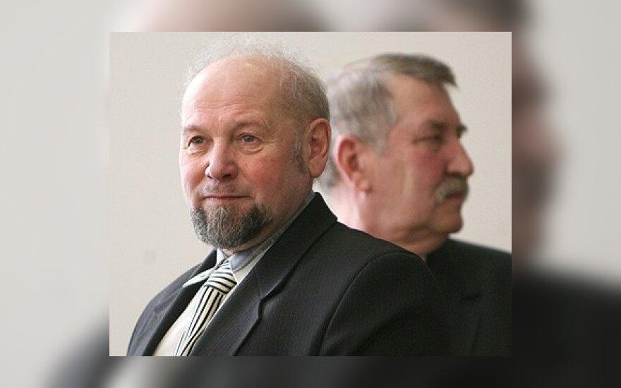 Teisme buvę Trakų rajono savivaldybės vadovai tikino buvę atstatydinti neteisėtai
