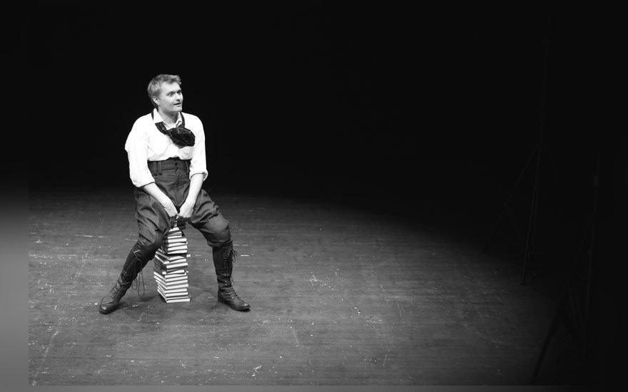 """Aktorius V. Kontrimas: """"Kiekvienas mokytojas turi būti ir aktoriumi"""""""