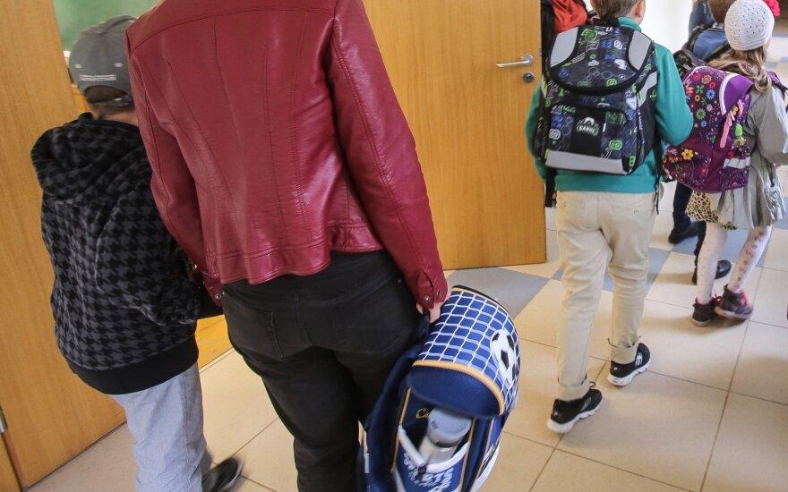 Primena, kad auginantys vaikus Rugsėjo 1-ąją gali bent pusdienį nebūti darbe