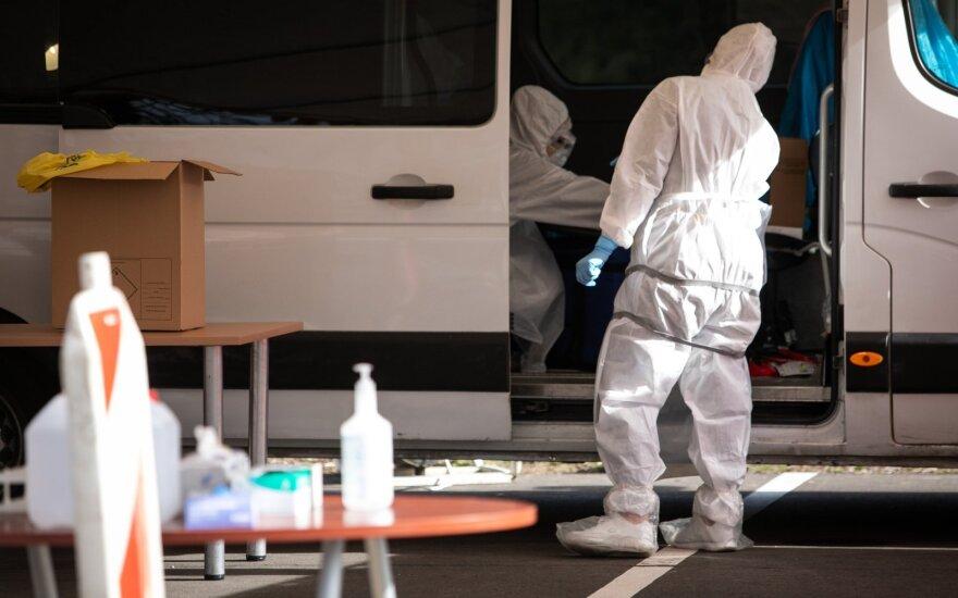 Ignalinos rajono meras: koronavirusu užsikrėtę medikai melavo apie kelionę ir pacientus