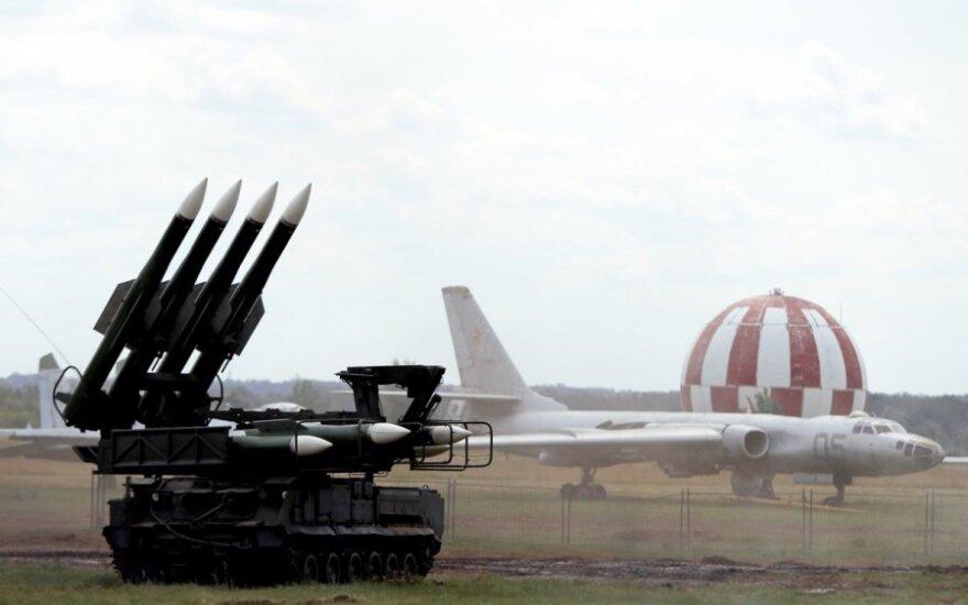 """Ukraina paneigė """"Spiegel"""" skelbtą informaciją apie Malaizijos lainerio numušimą"""
