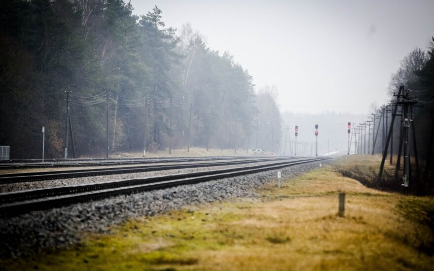 Lithuanian transport minister to propose government to rebuild tracks to Latvia