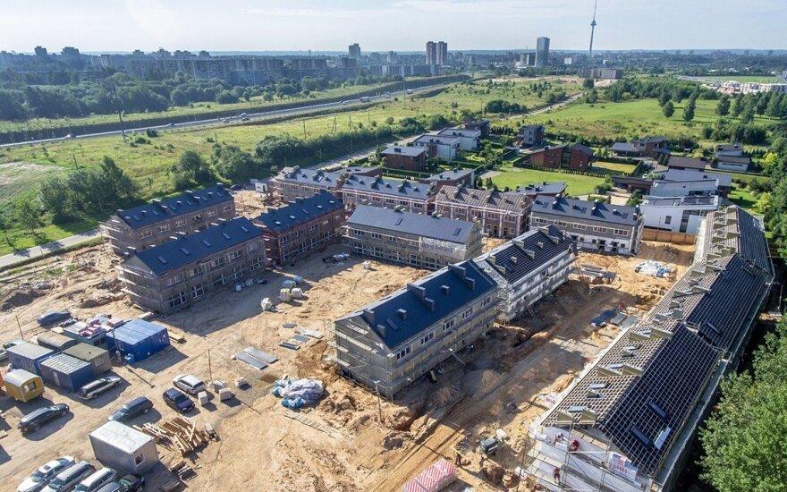 Vilniuje statys daugiau angliško tipo butų