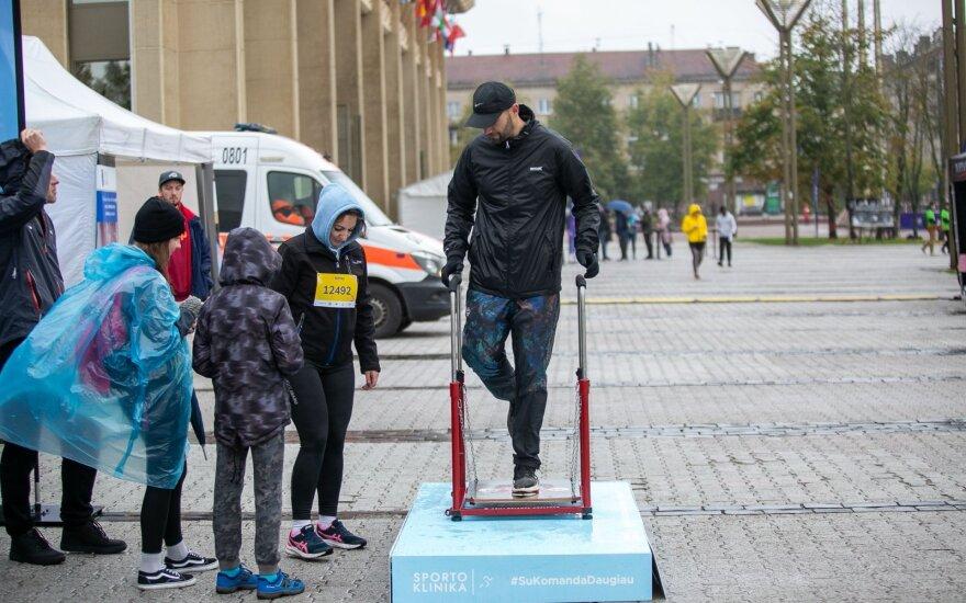 Vilniuje prasidėjo ĖJIMAS: tūkstančiai dalyvių nusiteikę žygiuoti net per lietų