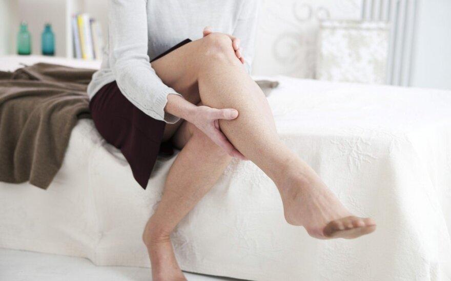 Veiksmingiausia natūrali priemonė tinstančioms kojoms gydyti