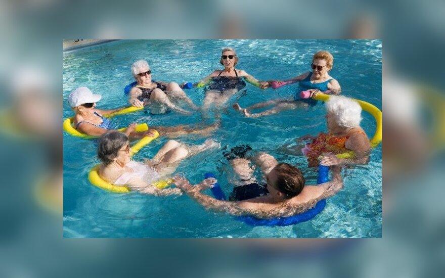 Tai, ko dar nežinojote apie vandens aerobiką: ir sveikatai, ir grožiui