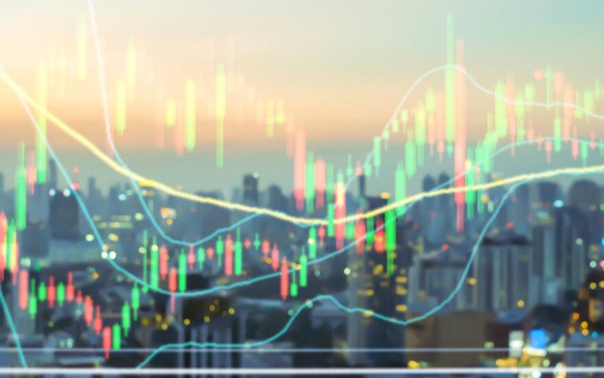 Pagrindinės valiutų poros konsolidavosi, JAV doleris šiek tiek atsigavo