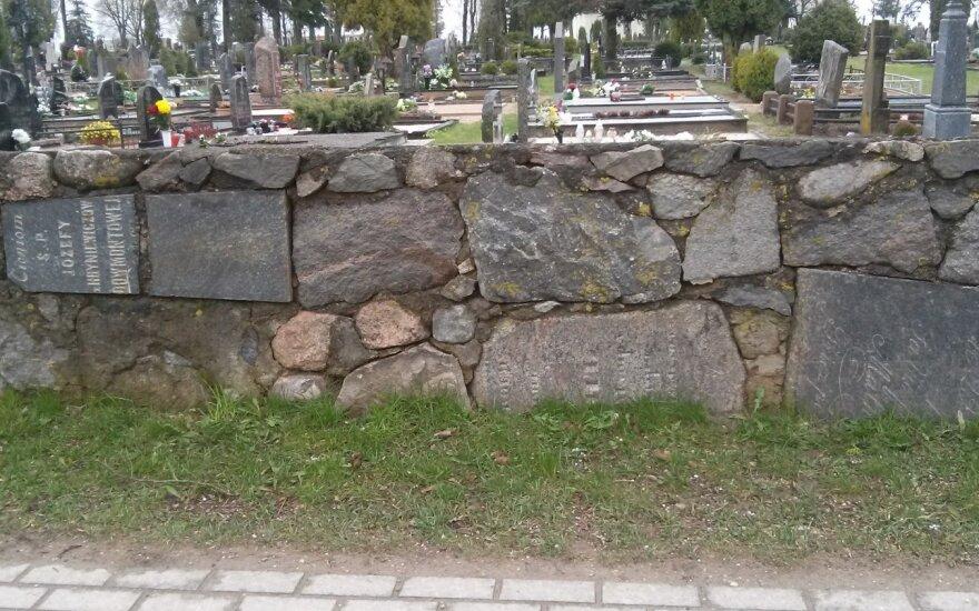 Vaizdas prie kapinių ukmergiškiui atėmė amą