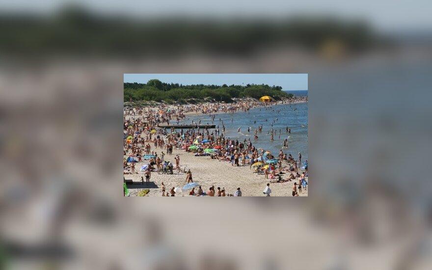 Paplūdimiuose klesti nelegali prekyba