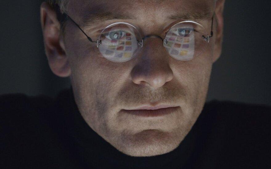 """Filmo """"Steve Jobs"""" recenzija: daug geriau nei anksčiau"""