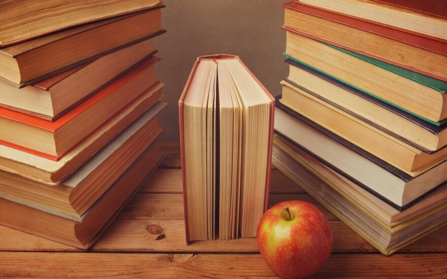 Ką namuose kaupiamos knygos pasako apie jus?
