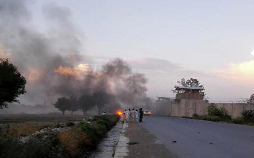 Afganistane nukauti aštuoni talibai, tarp jų – įtakingas lauko vadas