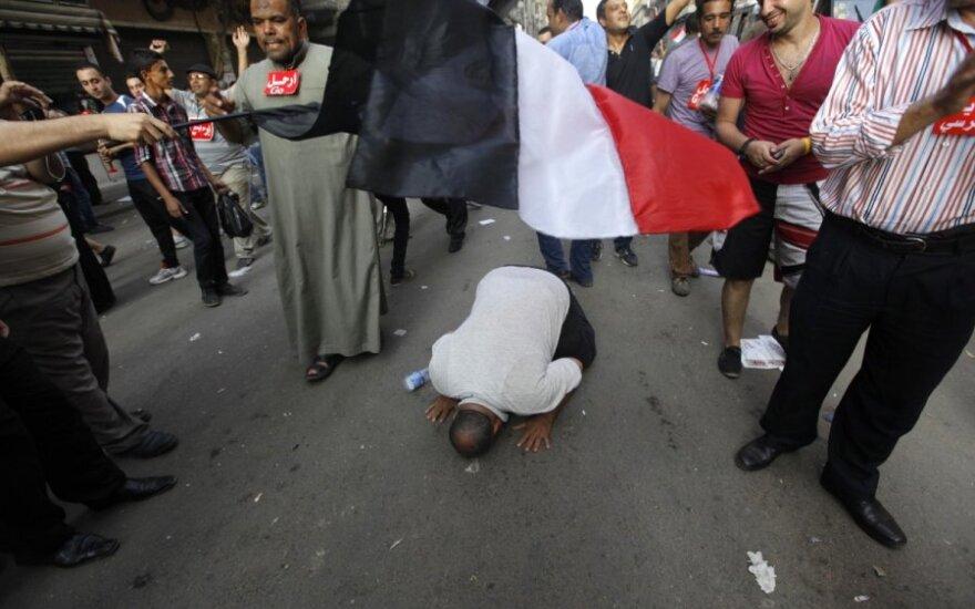 Egiptiečiai Kairo Tahriro aikštėje