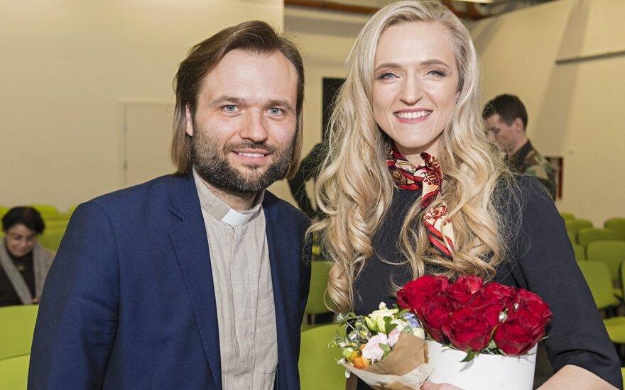 Champlain  Algirdas Toliatas with author Aušra Mažonė at the book launch  Photo © Ludo Segers @The Lithuania Tribune (1)