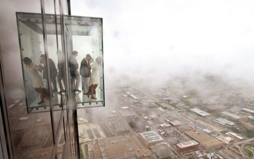 """""""Willis Tower"""" dangoraižio apžvalgos balkonas"""