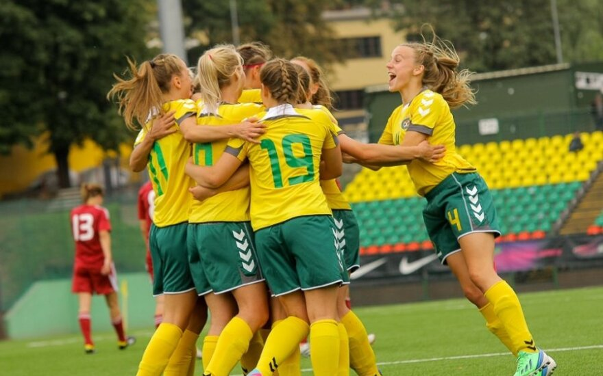 Paaiškėjo Lietuvos moterų futbolo rinktinės varžovės Europos čempionato atrankoje