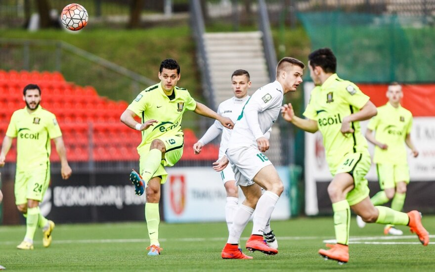 Keturios Lietuvos futbolo A lygos 12-o turo intrigos