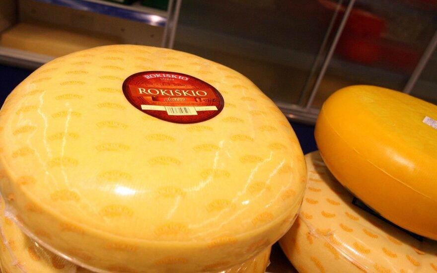 """Pasaulinė pieno milžinė investuos į """"Rokiškio sūrį"""""""