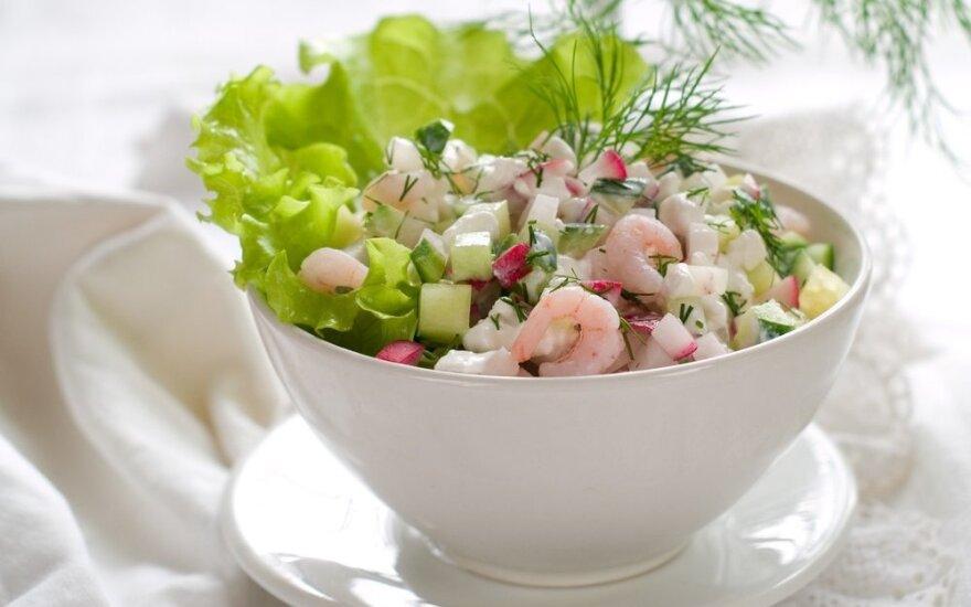 Ridikėlių salotos su vėžių uodegėlėmis