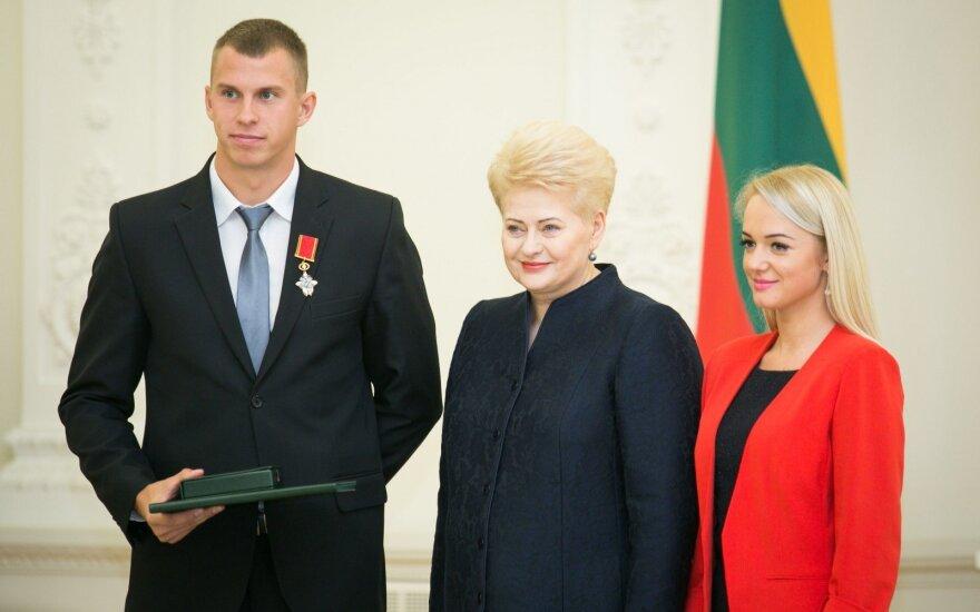 Iš D. Grybauskaitės rankų – apdovanojimai už sporto pergales