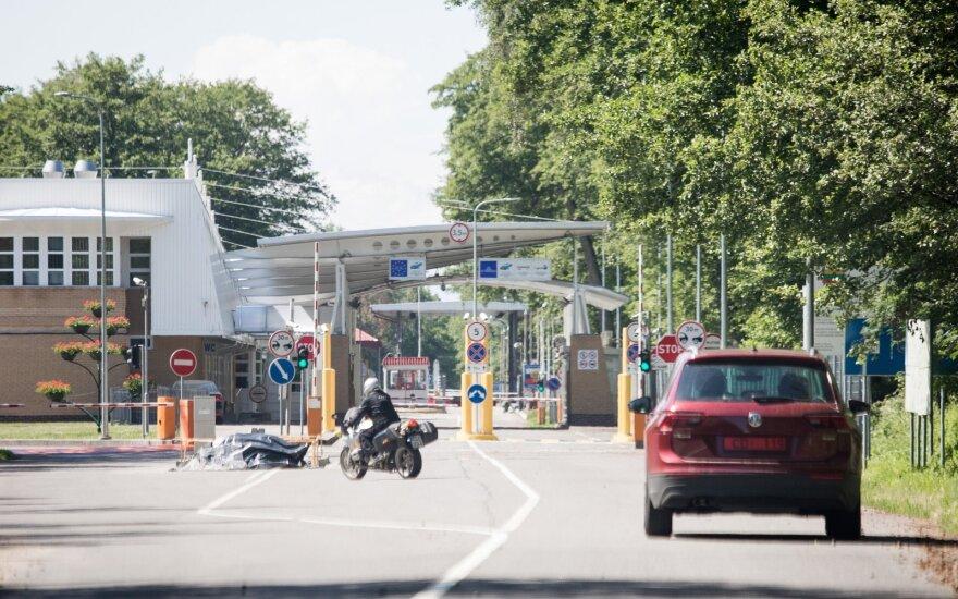 Lietuvių nuotykiai Lietuvos-Rusijos pasienyje: metodas, kuris rusų pareigūnus atgraso nuo noro imti kyšius