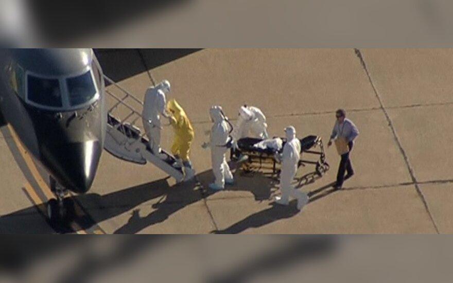 Ebolos virusu užsikrėtusi Amber Vinson išskraidinta į Atlantą
