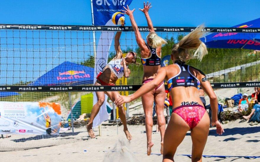 Baltijos jūros pakrantėje liejosi Lietuvos paplūdimio tinklinio čempionato aistros / Foto: sportofotografija.lt