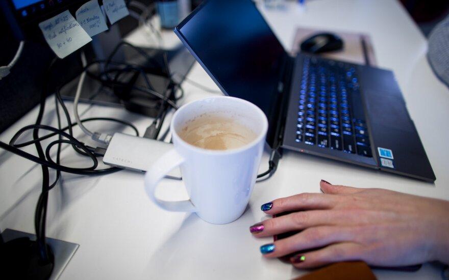 Vis daugiau įmonių pasaulyje bando keturių dienų darbo savaitę