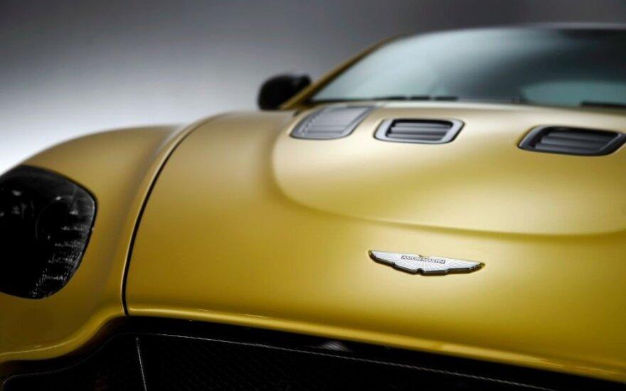 """""""Brexit"""" procesas gali paveikti ir """"Aston Martin"""" automobilių gamybą"""