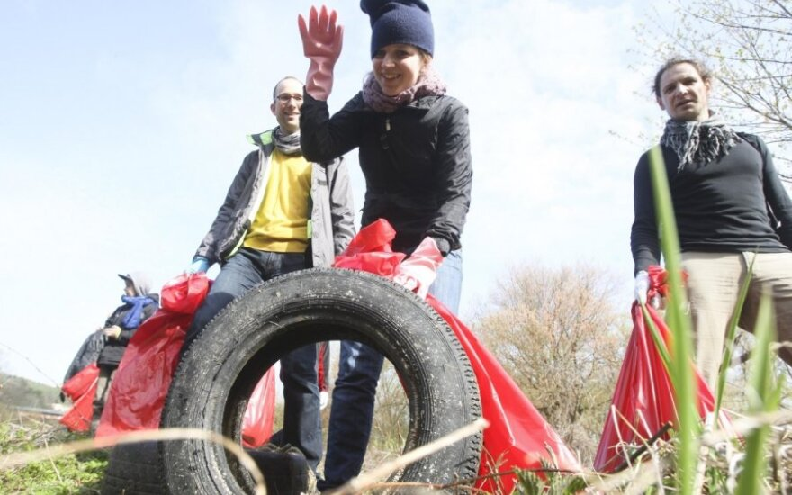 Lithuania holding traditional clean-up campaign