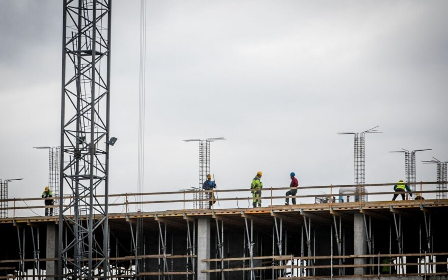 Darbdaviai giria atvykstančius imigrantus: žmonės nori dirbti ir užsidirbti