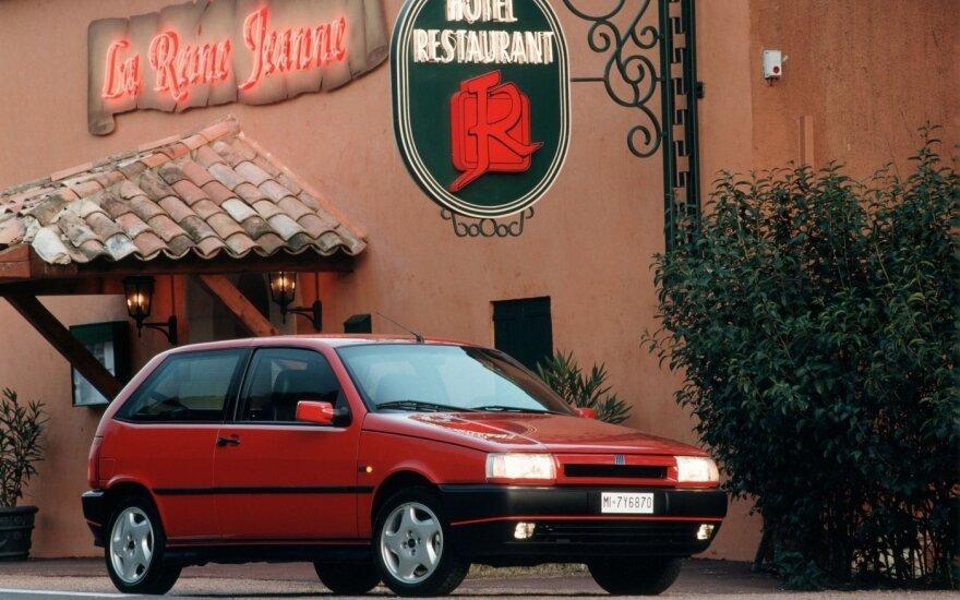 """Pirmasis """"Fiat Tipo"""" modelis"""