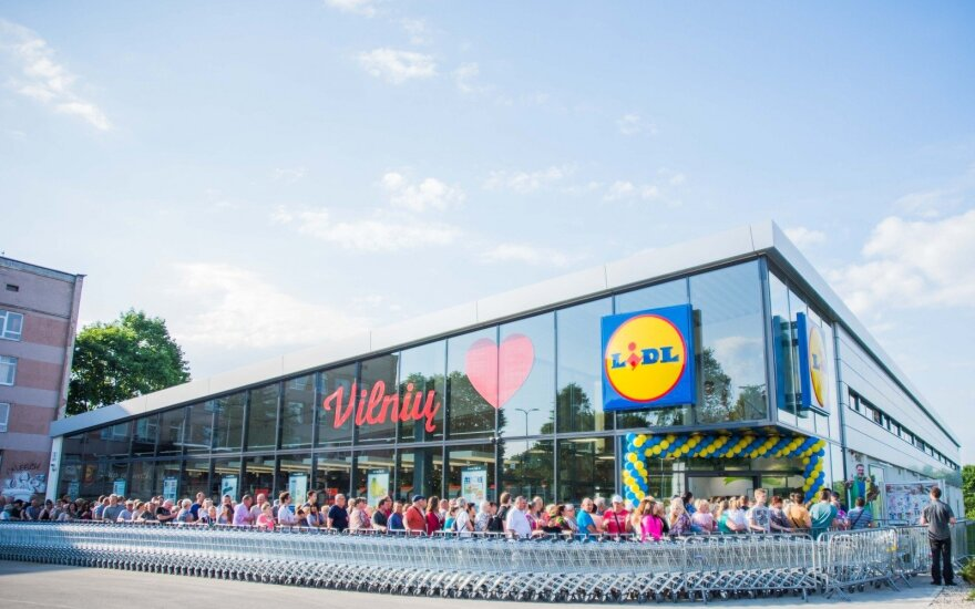 What are Lidl's expansion plans in Lithuania?