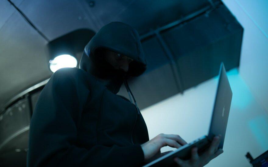 Kibernetinio aplaidumo kaina gali siekti milijonus: kaip apsisaugoti?