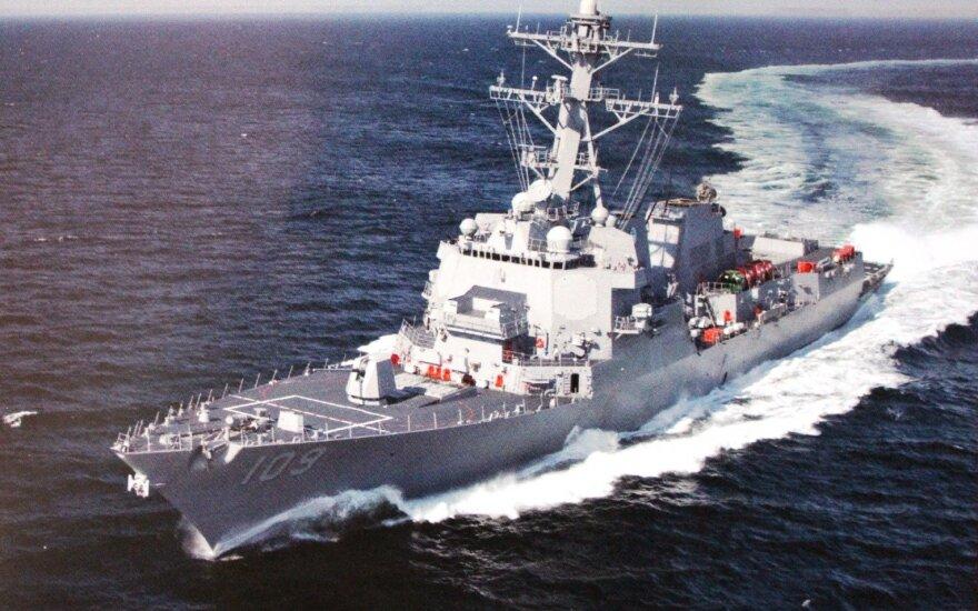 JAV karo laivas praplaukė netoli Kinijos salų: Pekinas prakalbo apie grėsmę