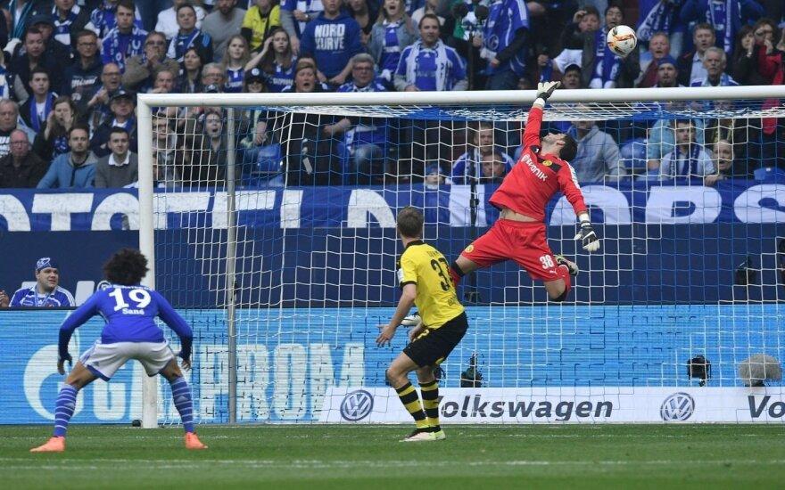"""""""Borussia"""" prarado du taškus ir leido nutolti """"Bayern"""""""