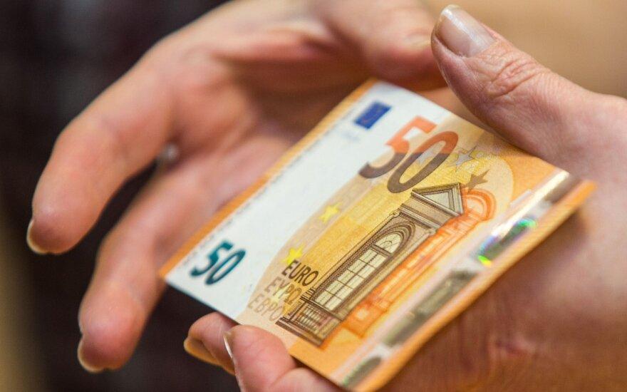 Žiaurus apiplėšimas Pakruojo r.: senolę smaugė tam, kad atimtų 50 eurų