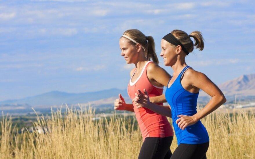 Bėgančios moterys