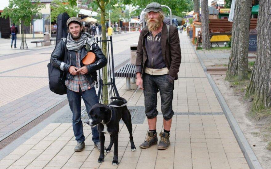 Palangos gatvės muzikantas iš Estijos Rainas (d)