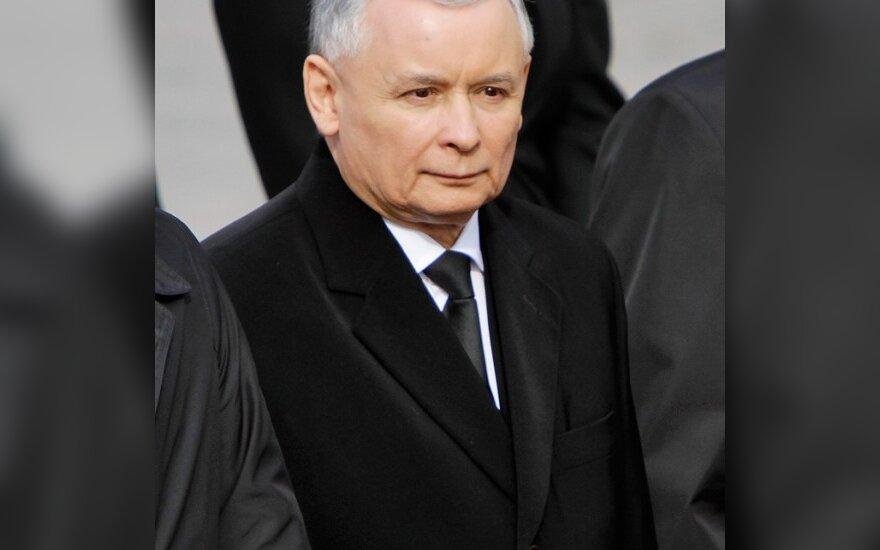 Žuvusio Lenkijos prezidento brolis dvynys sieks Lenkijos prezidento posto