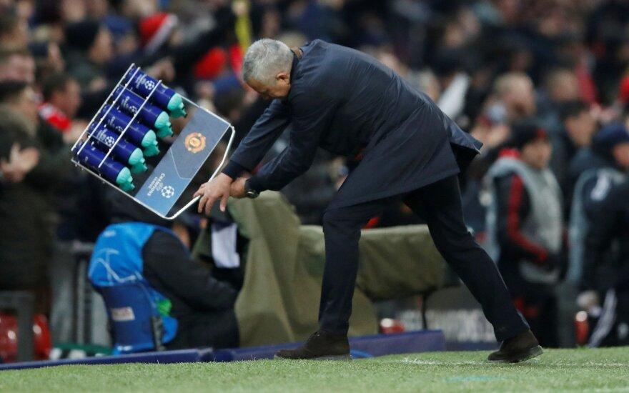 """Jose Mourinho audringai reagavo į vėlyvą """"Manchester United"""" įvartį"""
