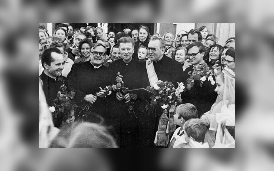 Late Monsignor Alfonsas Svarinskas: Priesthood marked with pain and terror