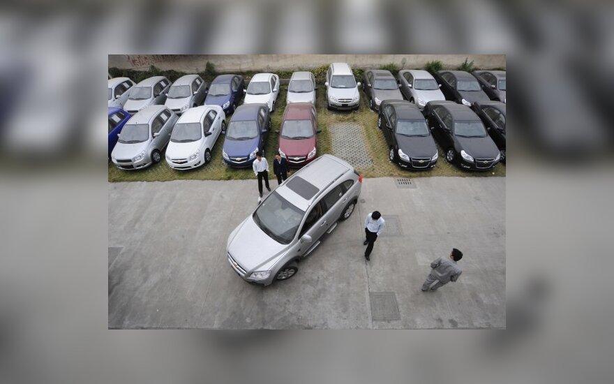 Prognozė: automobilių pardavimai šiemet išaugs 7 proc.