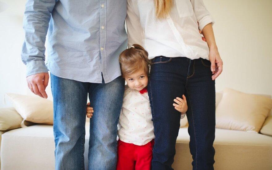 Įsivaikinusios mamos išpažintis: ar galima mylėti svetimą vaiką kaip savo?